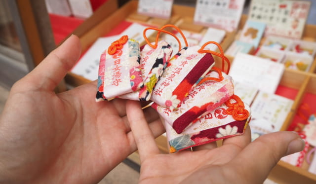 【学生レポート】第1回訪問(1)つるし雛体験、温泉神社