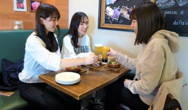 「はしご酒×女子大生」企画を開催します! 期間5月7日~7月31日平日(金曜日除く)