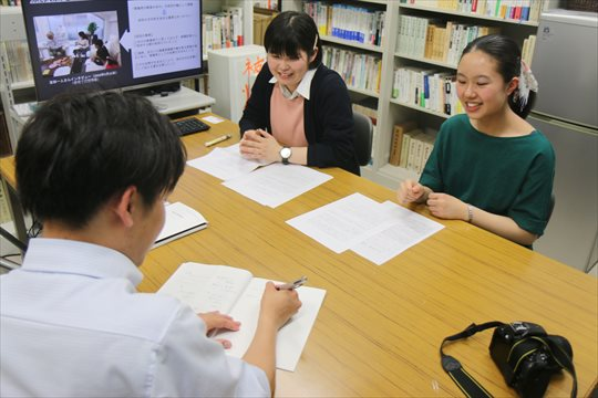 長崎新聞の手島記者の取材を受けました!